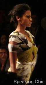 Green and graphic print Vizyon LFW