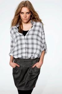 Esprit checkered shirt with neutral skirt and leggings