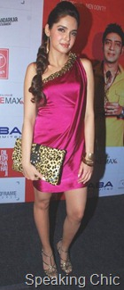 Shazahn Padamsee accessories at Dil toh baccha hai ji music launch