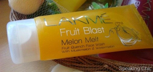 Lakme Melon Melt Fruit Quench Face Wash