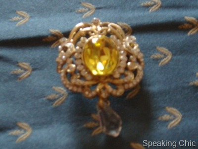 Brooch for wedding: fashion accessory