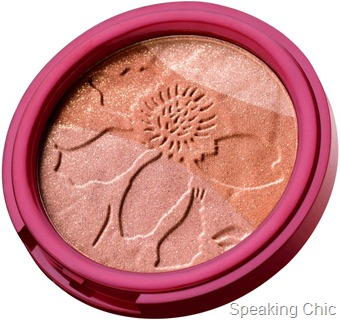 Gold dust shimmer bronzer Lakme Fantasy collection