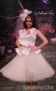 Gauri Nainika at LFW S/R 2011