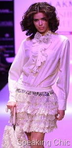 Pallavi Mohan at LFW S/R 2011
