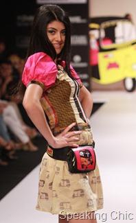 Sabah Khan autorickshaw printed skirt LFW S/R 2011