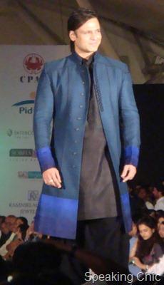Vivek Oberoi in Manish Malhotra sherwani