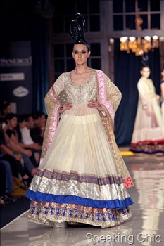 Manish Malhotra lehenga at Delhi Couture Week 2011