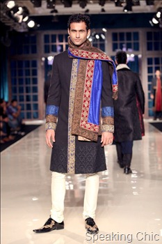 Model in black sherwani at Manish Malhotra Delhi Couture Week 2011