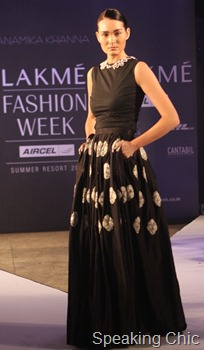 Model for Anamika Khanna at LFW S/R 2011