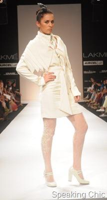 Farah Sanjana at LFW W/F 2011- GenNext designer