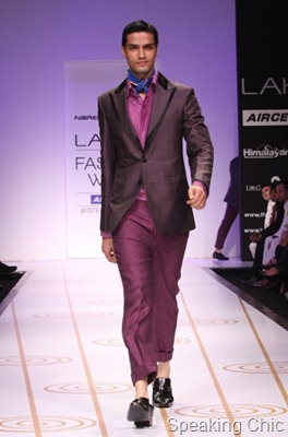 Narendra Kumar at LFW W/F 2011