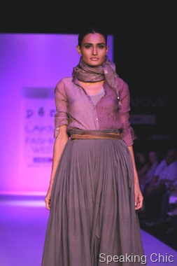 Model at Pero by Aneeth Arora LFW W/F 2011