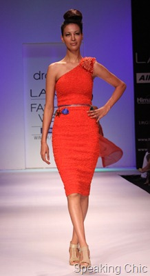 Model at Drashta LFW W/F 2011