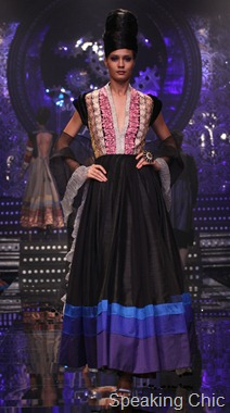 Model for Manish Malhotra at LFW W/F 2011