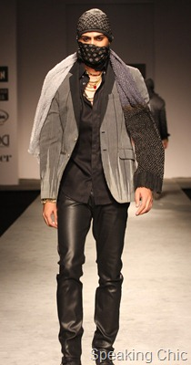 Model for Rajesh Pratap Singh at VHIMW 2011