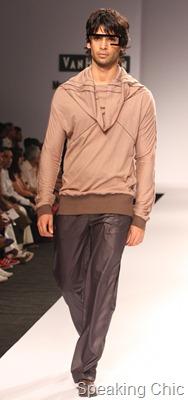 Model at Anky - VHIMW 2011