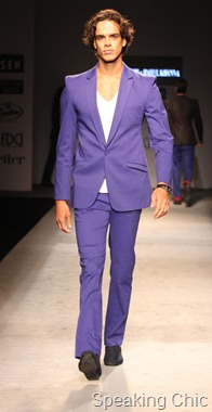 Model at Rohit Gandhi-Rahul Khanna VHIMW 2011
