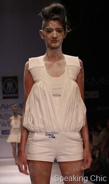 Model at Rehane LFW W/F 2011