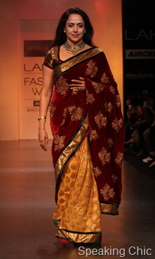 Hema Malini for Shyamal & Bhumika at LFW W/F 2011