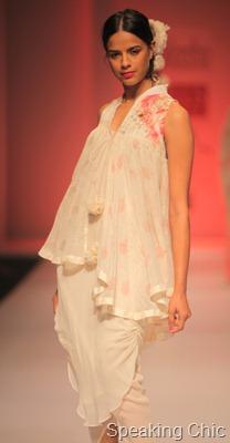 Nikasha Tawadey at WLIFW SS 2012