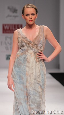 Geisha by Paras-Shalini at WLIFW S/S 2012