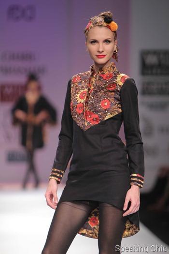 Charu Parashar at WIFW AW 2012