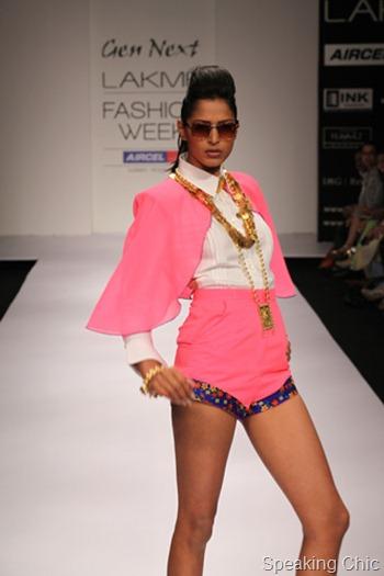 Tanya Sharma at LFW S/R 2012